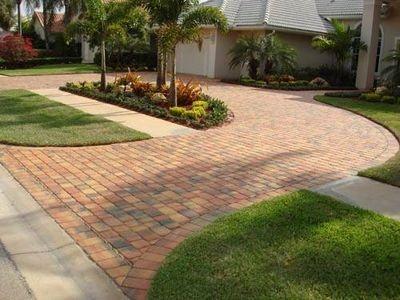 5e02fe5e64709598de32c69ded19e375--brick-pavers-brick-driveways